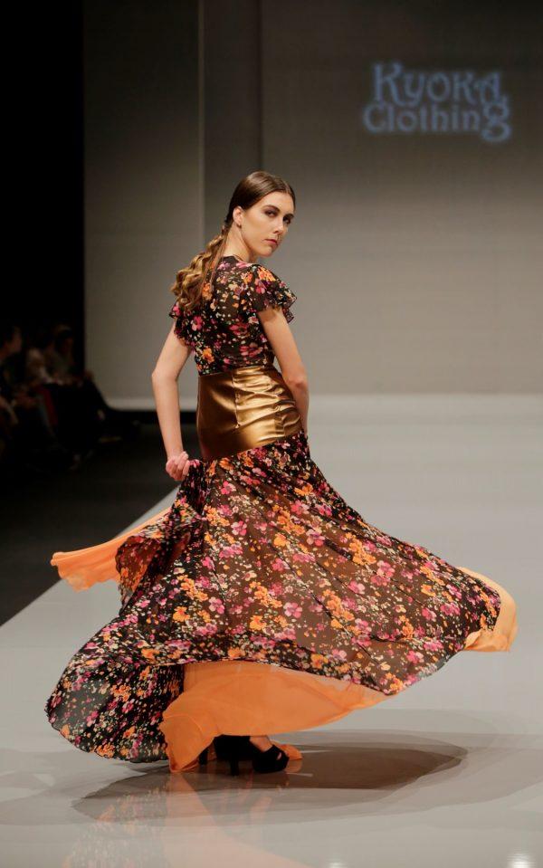 Conjunto top y falda de flores